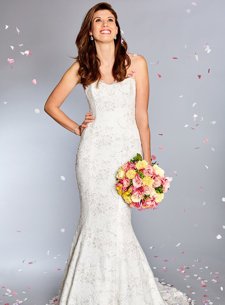 AT LAST THE DRESS SAID YES! With The Support Of Slimming Word