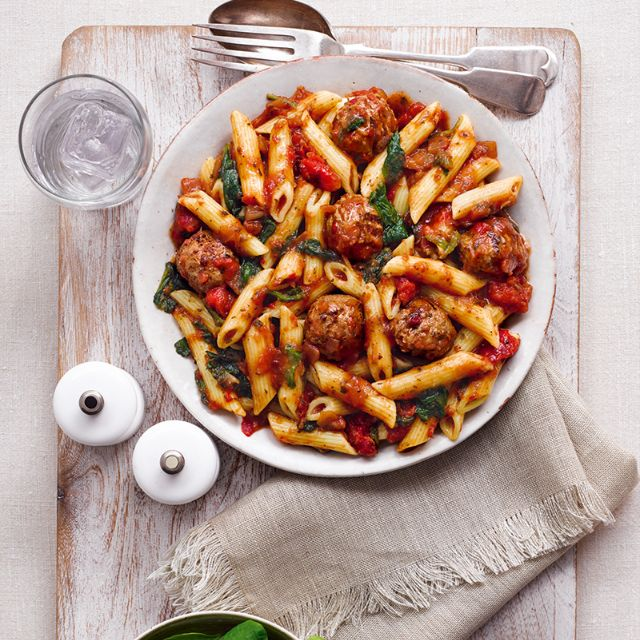 Meatballs & Pasta With A Spicy Tomato Sauce