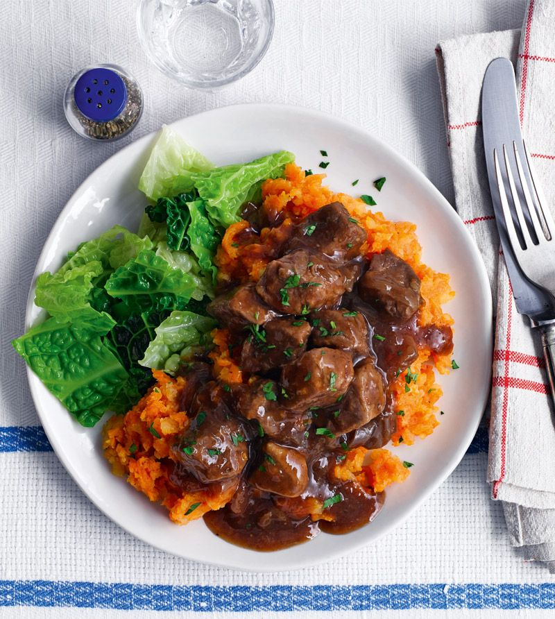 Beef in red wine with veg crush